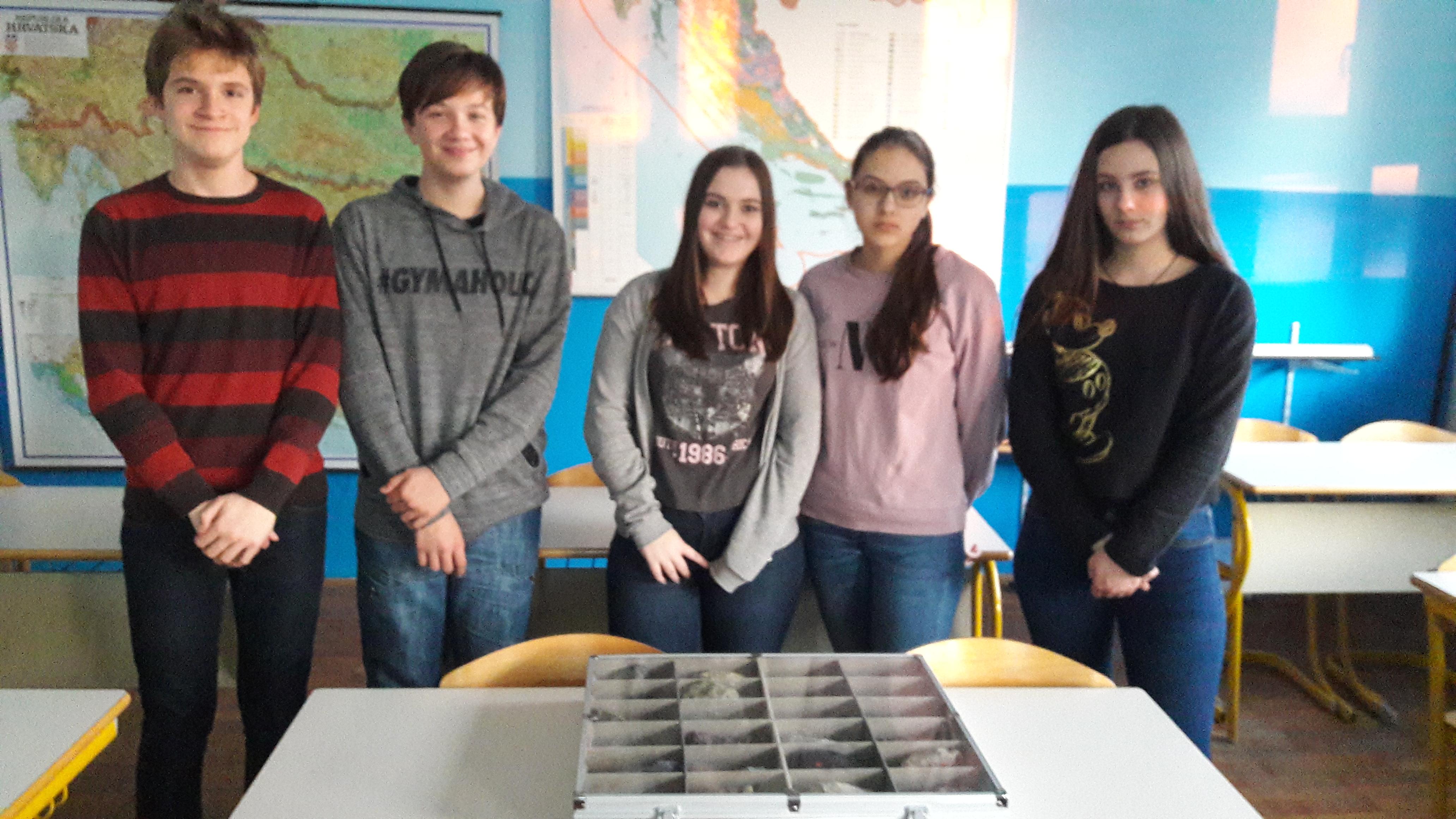 Učenici - predstavnici svojih škola